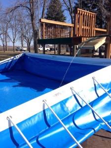 Filling the pool - Splash Superpool - Southtown K9
