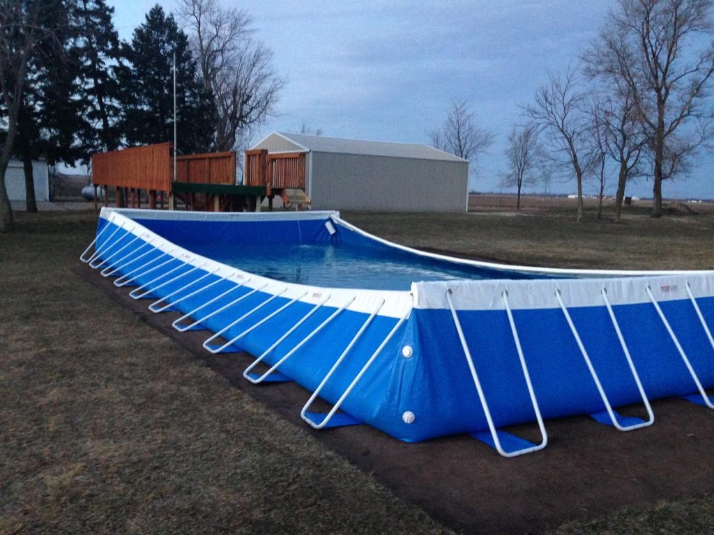 Filling the pool - Southtown K9